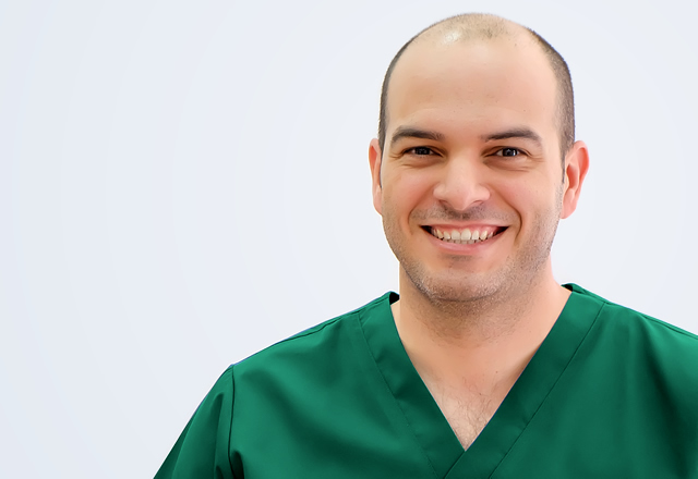 clinica-dental-torres-guillermo-topham-alvarez